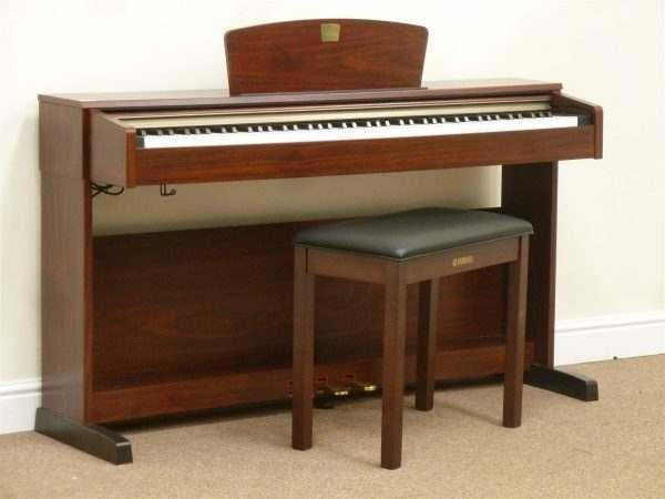 dan piano dien clp 320M