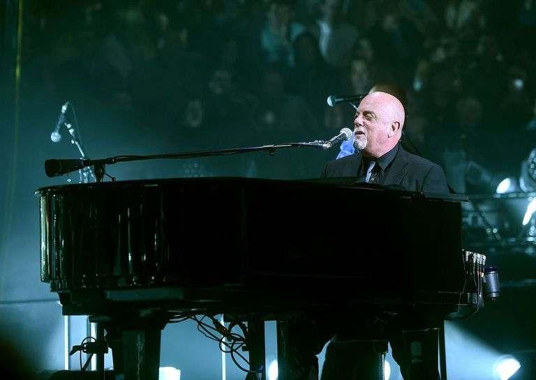 10-bai-hat-piano-pho-bien-cho-nguoi-moi-bat-dau-piano-man-billy-joel