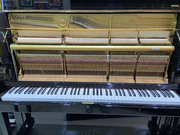 piano Yamaha YUX