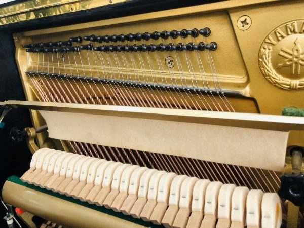 piano Yamaha U30BL