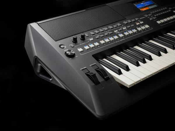 Organ Yamaha PSR-SX600