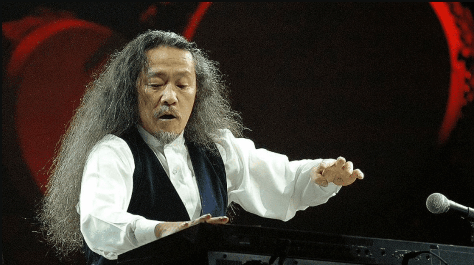 top-nhung-nghe-si-dan-piano-noi-tieng-nhat-viet-nam-va-the-gioi