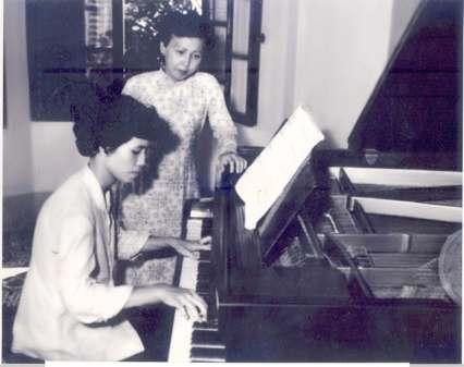 top-nhung-nghe-si-dan-piano-noi-tieng-nhat-viet-nam-va-the-gioi-5