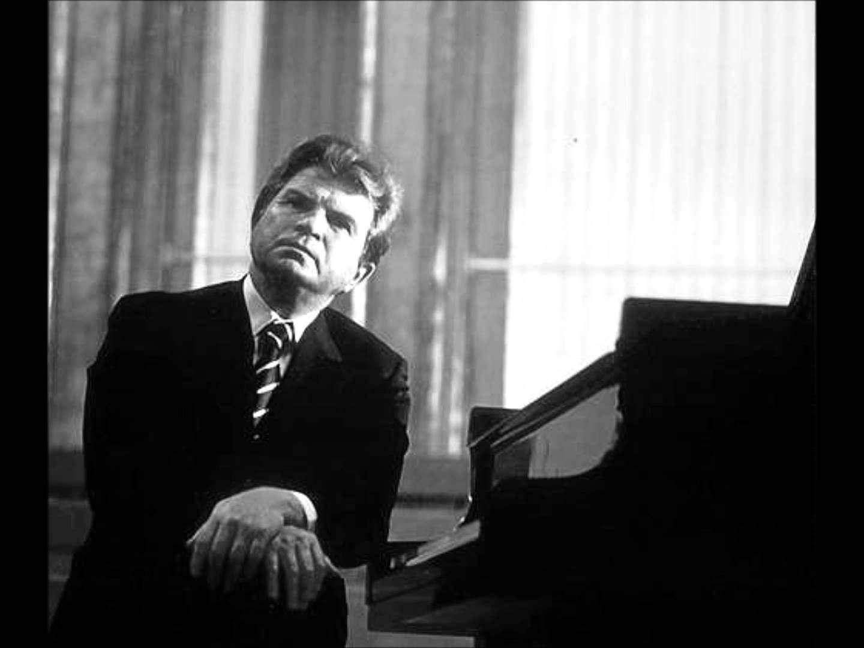 top-nhung-nghe-si-dan-piano-noi-tieng-nhat-viet-nam-va-the-gioi-7