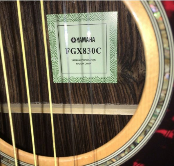 Yamaha FGX830C