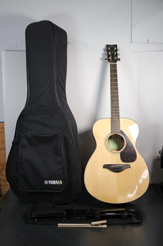 Yamaha FS800 9