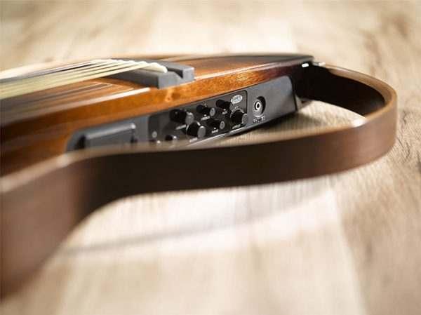 Guitar Yamaha SLG200S