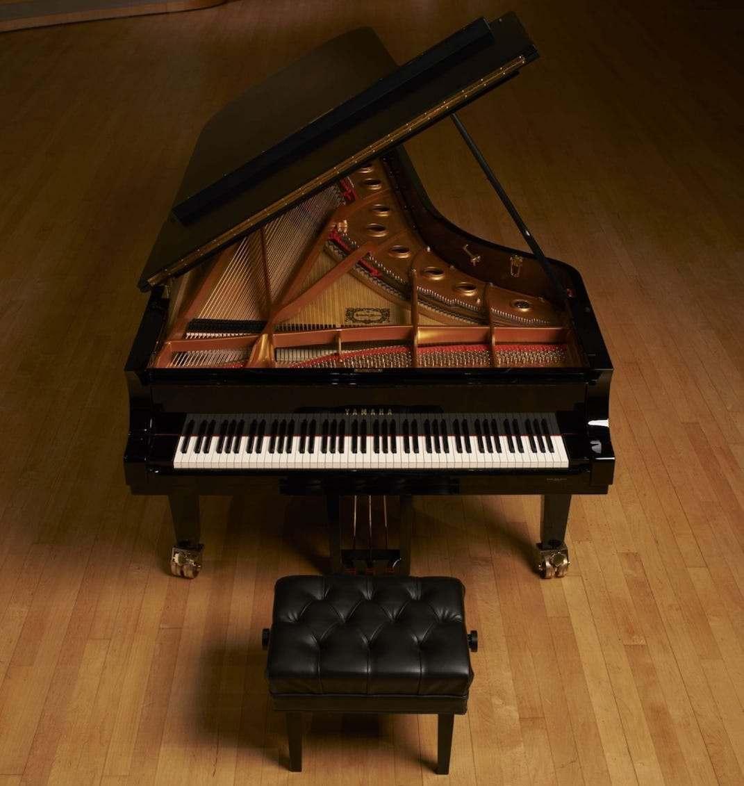 grand-piano-co-yamaha-CFX_Segerstrom