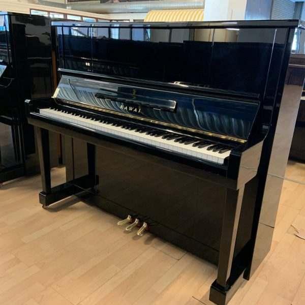 piano Kawai K20