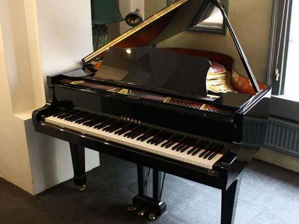 piano Yamaha 2A