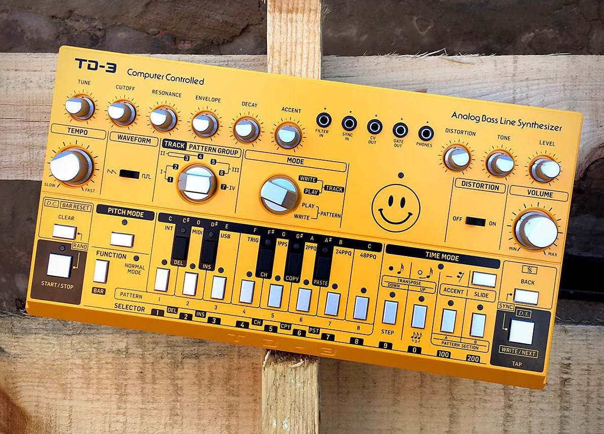dan-synthesizer-la-gi-berhinger-td-3
