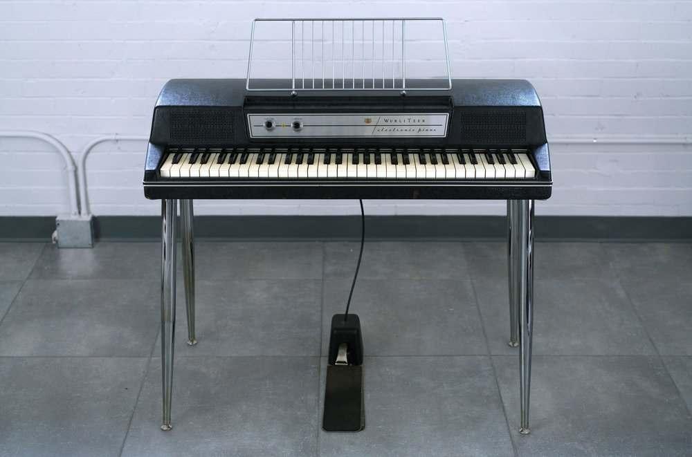 piano-dien-wurlitzer-200