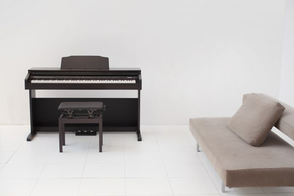 piano điện roland rp-30