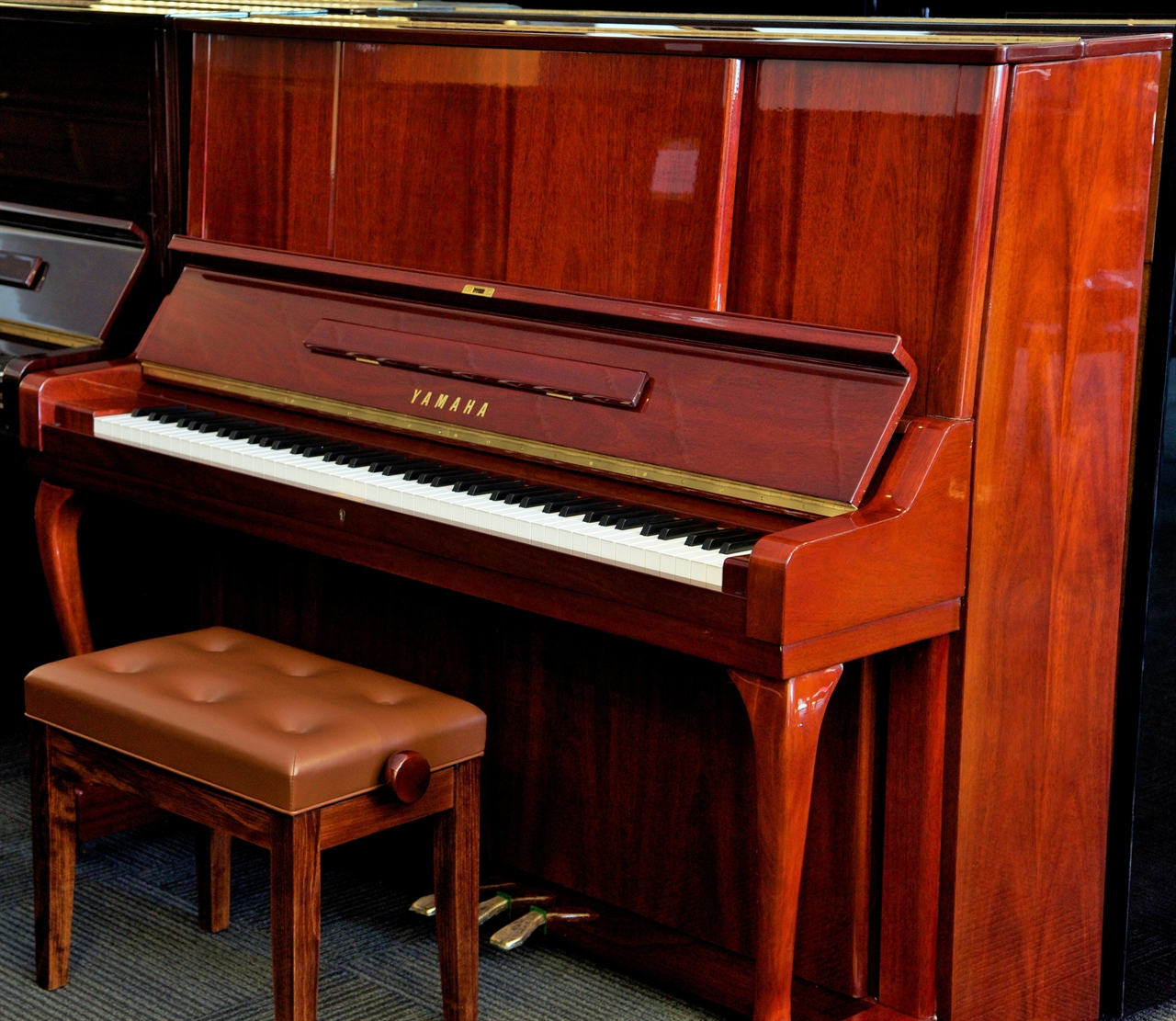 piano cơ yamaha w106