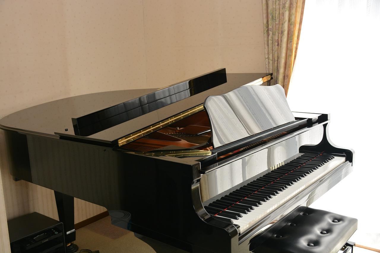 bang-gia-10-piano-co-dang-mua-nhat-nam-2021-yamaha-grand-piano
