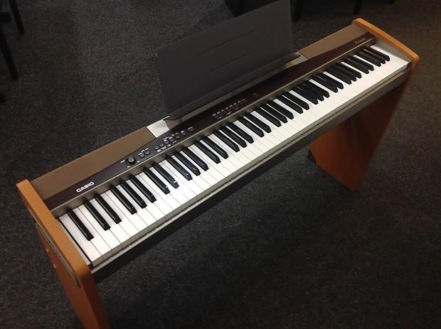 top-10-cay-dan-piano-dien-gia-re-duoi-5-trieu-casio-px-100