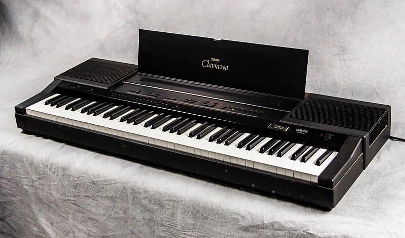 top-10-cay-dan-piano-dien-gia-re-duoi-5-trieu-yamaha-cvp-3