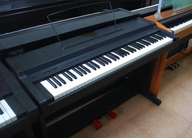 top-10-cay-dan-piano-dien-gia-re-duoi-5-trieu-yamaha-pl-140
