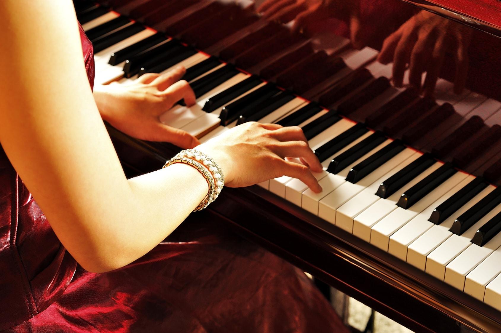 6-luu-y-khi-tap-hat-va-dan-piano-cung-luc-2