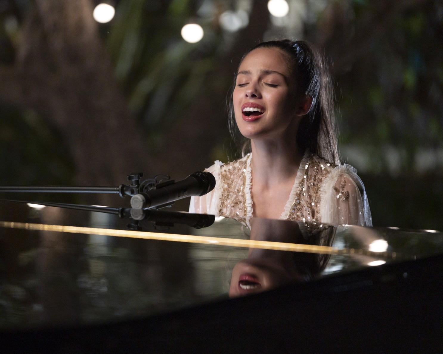 6-luu-y-khi-tap-hat-va-dan-piano-cung-luc-5