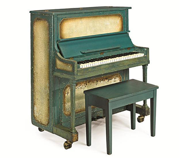 top-10-cay-dan-piano-dat-nhat-1